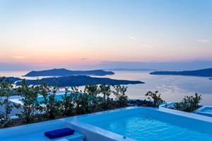 Alti Santorini Suites, Villas  Megalokhori - big - 13