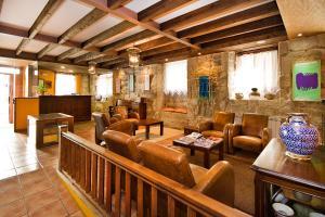 Hotel O Portelo Rural, Hotels  Allariz - big - 43