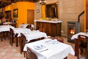 Hotel O Portelo Rural, Hotels  Allariz - big - 39