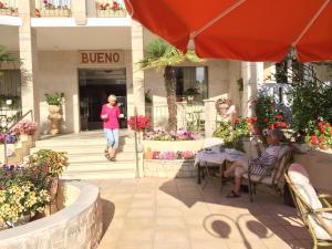 Bueno Hotel, Residence  Platanes - big - 102