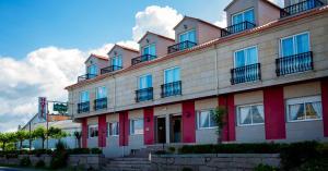 Hotel Alpina, Hotel  Villanueva de Arosa - big - 33