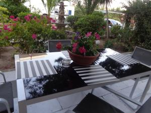 Angela Hotel, Hotels  Agia Marina Aegina - big - 96