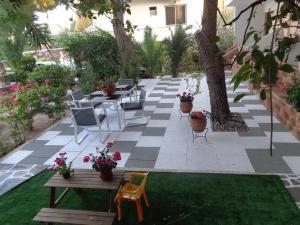 Angela Hotel, Hotely  Agia Marina Aegina - big - 19