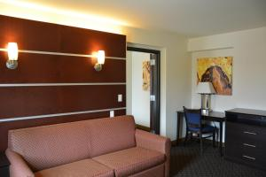 Days Inn & Suites by Wyndham Milwaukee, Hotel  Milwaukee - big - 28