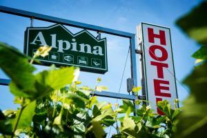Hotel Alpina, Hotel  Villanueva de Arosa - big - 30