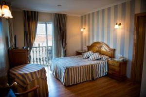 Hotel Alpina, Hotel  Villanueva de Arosa - big - 14