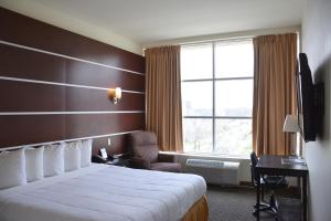 Days Inn & Suites by Wyndham Milwaukee, Hotels  Milwaukee - big - 17