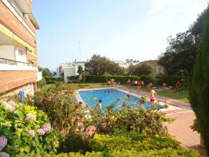 Apartaments Playas Lloret -Family Resort