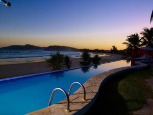 Chez Pitu Praia Hotel, Отели  Бузиус - big - 91