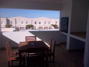 Kenjockity Self Catering Apartments, Apartmány  Hermanus - big - 9