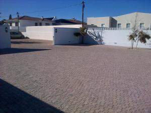 Kenjockity Self Catering Apartments, Apartmány  Hermanus - big - 77