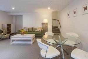 22 Hallenstein Apartments, Apartmanok  Queenstown - big - 2