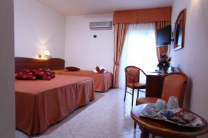 Hotel Za Maria, Hotel  Santo Stefano di Camastra - big - 19