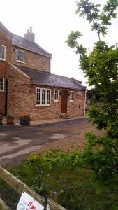 Oak Tree House