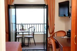 Hotel Za Maria, Hotel  Santo Stefano di Camastra - big - 14