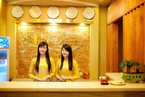 Home Hotel, Hotels  Hanoi - big - 24