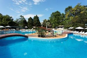 4 hviezdičkový hotel Lebed Hotel Svätý Konstantin a Helena Bulharsko