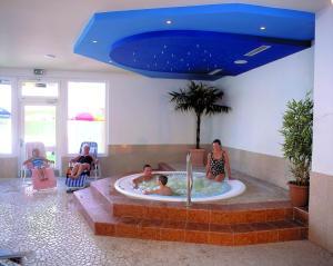 Aktiv-Hotel Traube, Hotels  Wildermieming - big - 43