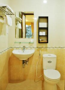Hoai Nga Hotel, Отели  Дананг - big - 31