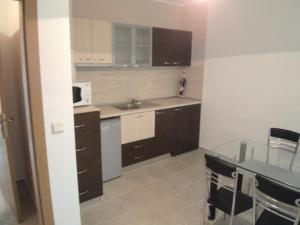Nicol Apartment in Hermes Complex, Apartments  Sunny Beach - big - 9