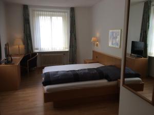 Hotel Schwert, Отели  Нефельс - big - 4