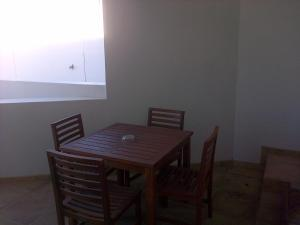 Kenjockity Self Catering Apartments, Apartmány  Hermanus - big - 40