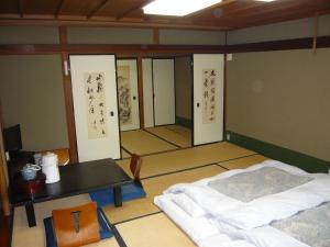 Seikiro Ryokan Historical Museum Hotel, Рёканы  Miyazu - big - 11