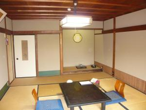 Seikiro Ryokan Historical Museum Hotel, Рёканы  Miyazu - big - 24