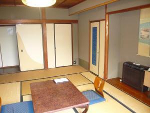 Seikiro Ryokan Historical Museum Hotel, Рёканы  Miyazu - big - 32