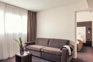 Полулюкс с 1 двуспальной кроватью и диваном