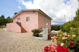 Appartamenti Loredana - AbcAlberghi.com