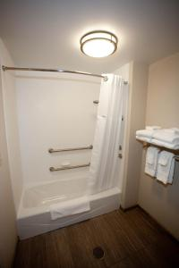 Two Queen Beds Room-Disability Access-Non-Smoking