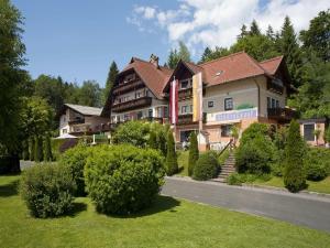 Hotel Kärntnerhof, Szállodák  Velden am Wörthersee - big - 17