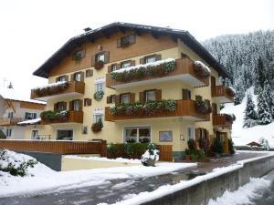 Hotel I Rododendri - AbcAlberghi.com