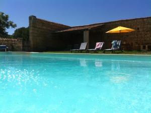 Villa avec piscine, Villen  Curçay - big - 8