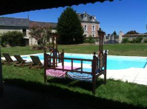 Villa avec piscine, Villen  Curçay - big - 1