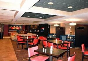 Courtyard by Marriott Traverse City, Отели  Traverse City - big - 10