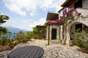 Appartamento Villa Giardino - AbcAlberghi.com