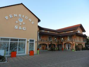 Pensiunea Sergiu & Geanina, Guest houses  Arad - big - 35