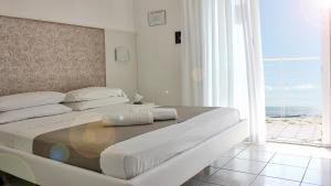 Hotel Columbia & Ninfea - AbcAlberghi.com