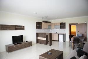 Gardenia Vacation Settlement, Apartmanhotelek  Szozopol - big - 39