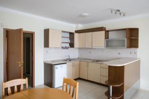 Gardenia Vacation Settlement, Apartmanhotelek  Szozopol - big - 46