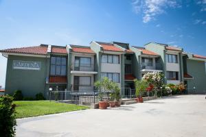 Gardenia Vacation Settlement, Apartmanhotelek  Szozopol - big - 56
