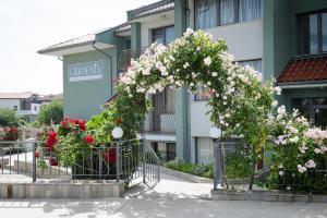 Gardenia Vacation Settlement, Apartmanhotelek  Szozopol - big - 58