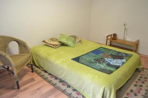 Double Room with Private Bathroom Accessed via Garden
