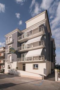 Hotel Fausto - AbcAlberghi.com