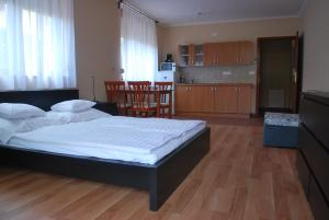 Sekli Premium, Appartamenti  Balatonlelle - big - 22