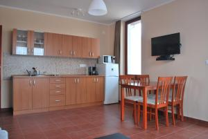 Sekli Premium, Appartamenti  Balatonlelle - big - 19