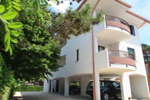 Villa Albaluisa, Apartmány  Bibione - big - 25