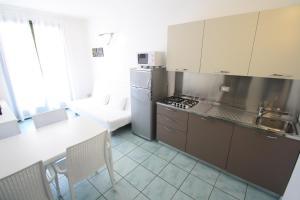 Villa Albaluisa, Apartmány  Bibione - big - 14